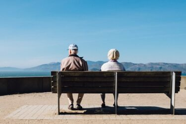 不幸せな年金生活?